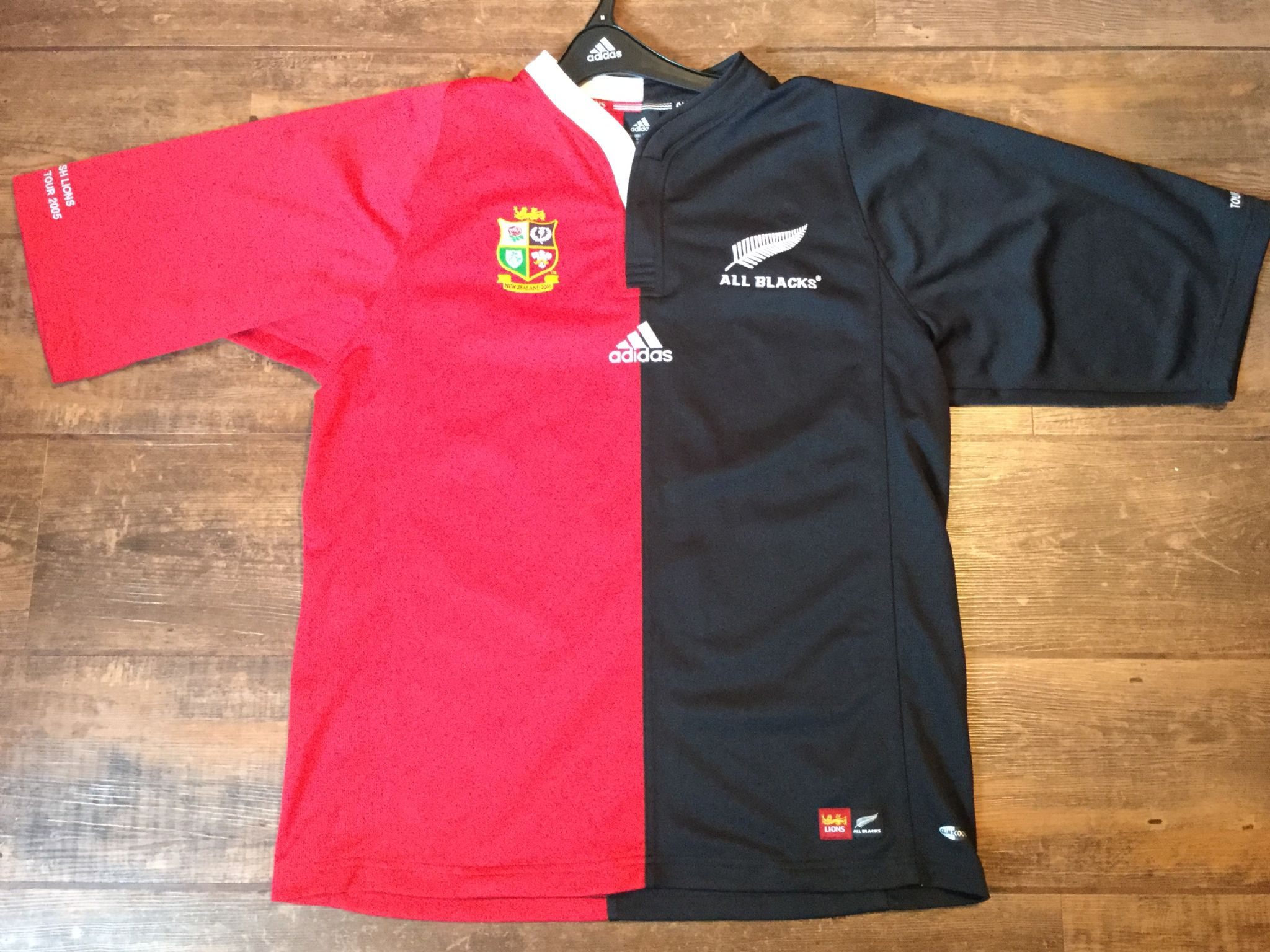 750a6fa8d07 2005 British & Irish Lions New Zealand BNWT & Cover Ltd Edition Rugby Union  Shirt Adults Medium
