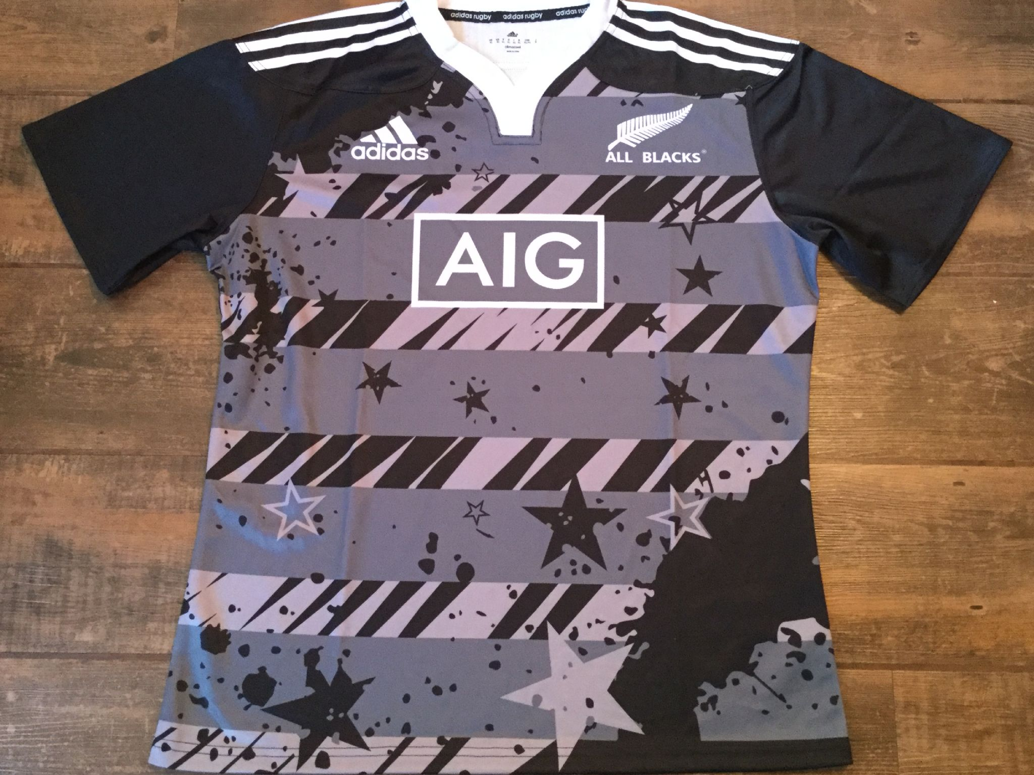 98aa25522c6 2014 2015 New Zealand Rugby Union Limited Edition Captains Run Training  Shirt Adults XL All Blacks